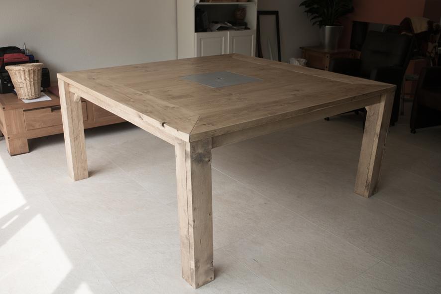 Grote tafel op maat, 8 personen, 160cm x 160cm x 76cm