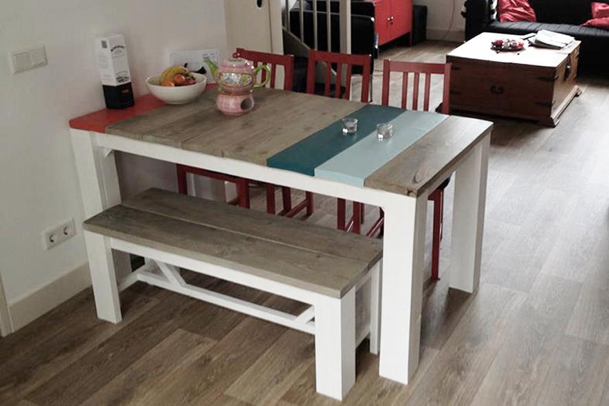 Kleine tafel op maat, 4 personen, 160cm x 80cm x 76cm