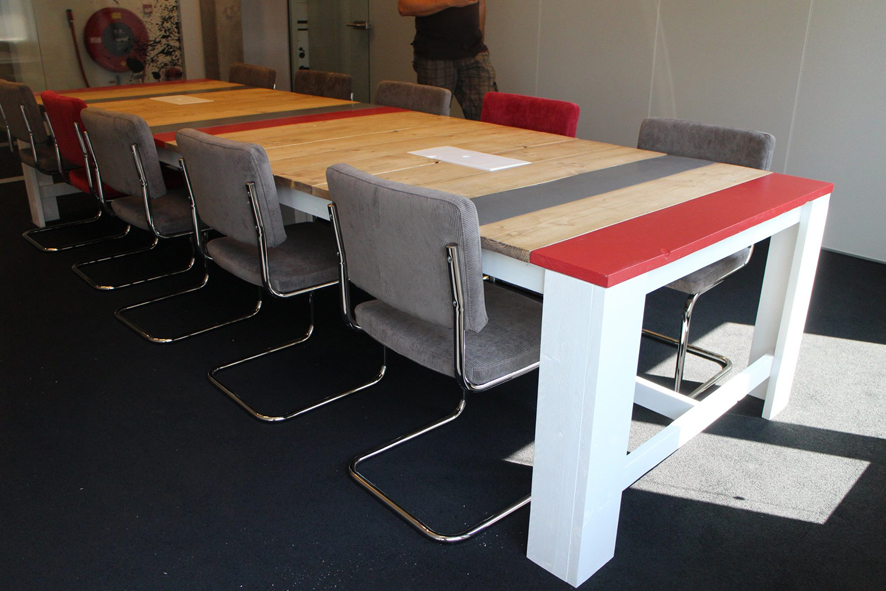 Grote vergadertafel op maat 12 personen, Woonhave